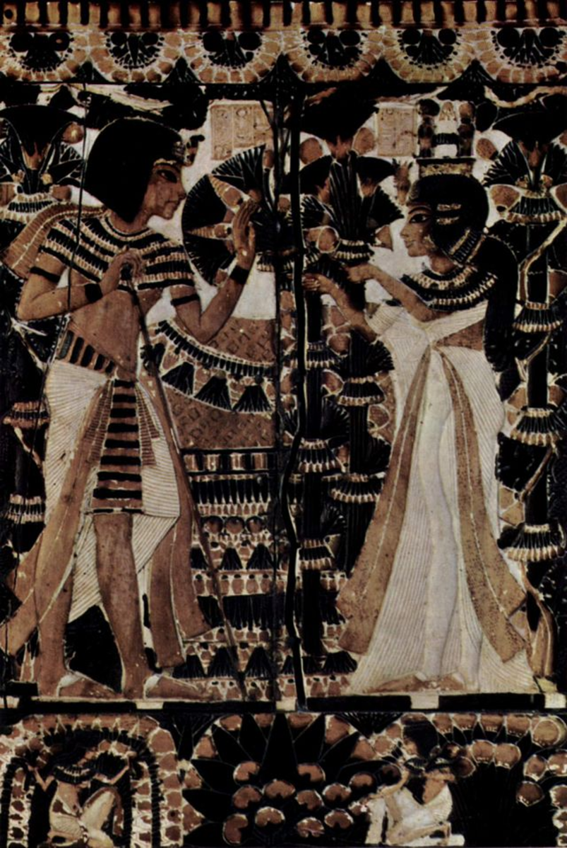 Tutankhamun and Ankhsenamun (notice change back to idealized representation)