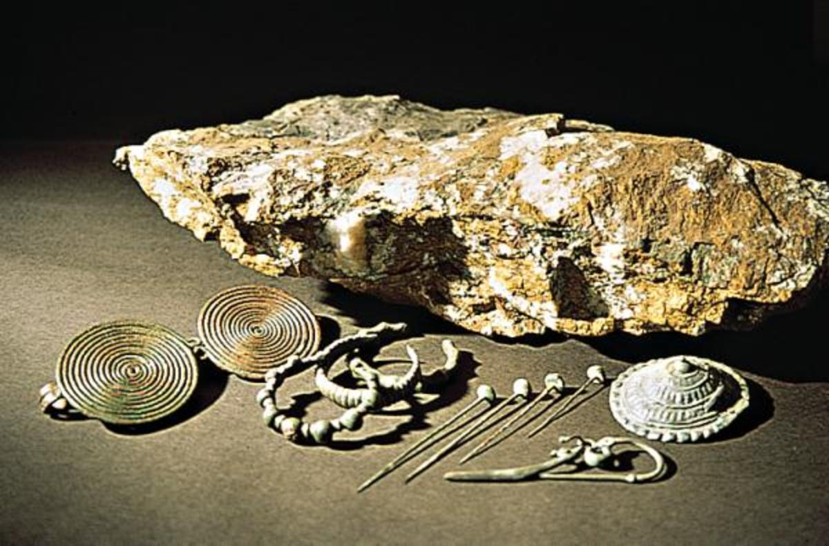 Celtic jewely pieces from the Hallstatt culture