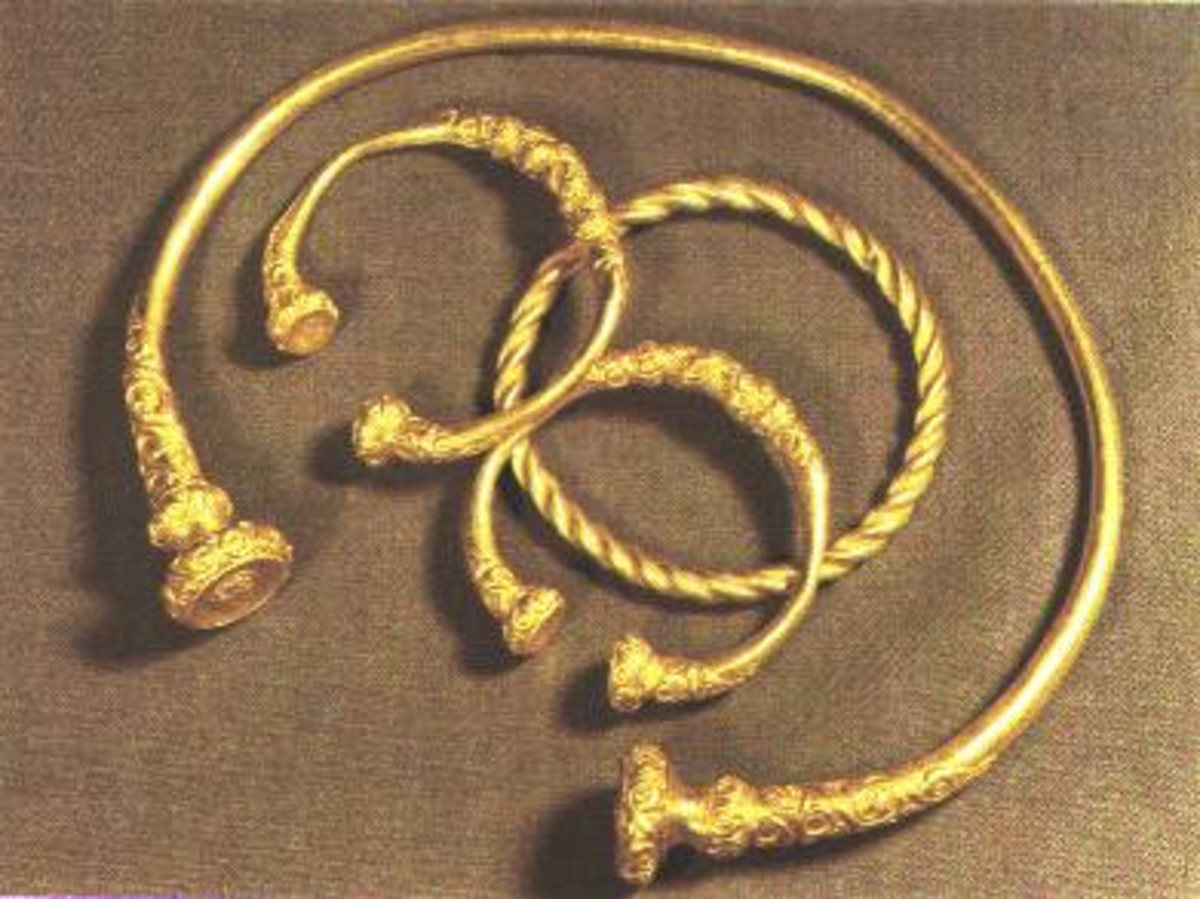 Celtic jewelry from the the Hallstatt culture