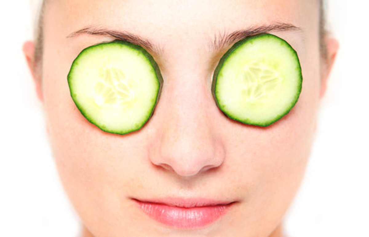 Cucumber is a great natural remedy against dark circles