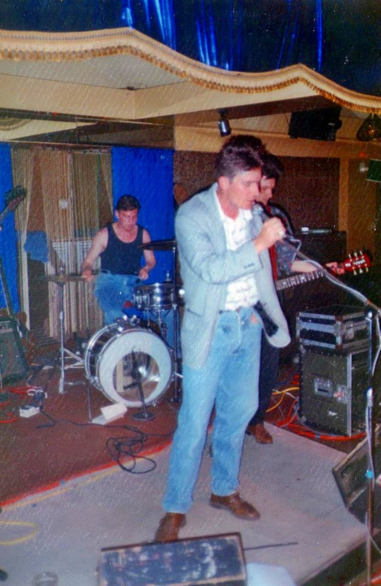 Spackie Little Insects, 1989 - Terry Hall is vocalist, with Ian (Butty) Butterworth and Dave Milner (on drums)
