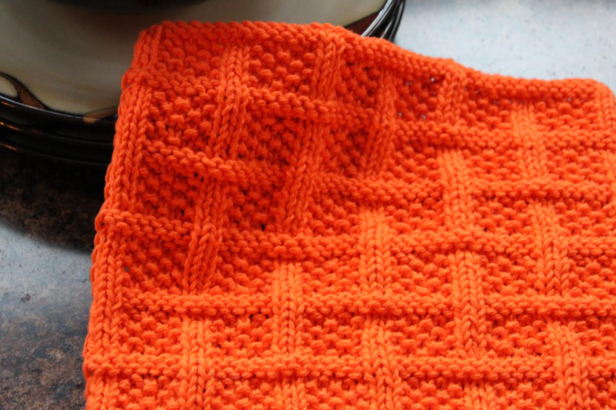 knitting-dishcloths-featuring-free-patterns