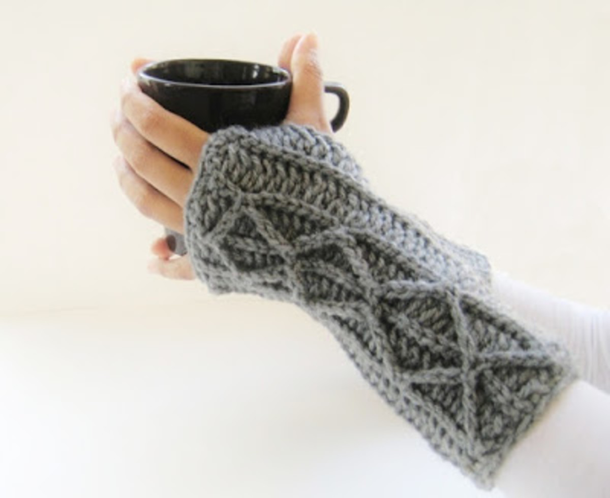 Free Crochet Patterns For Fingerless Mittens And Gloves Hubpages
