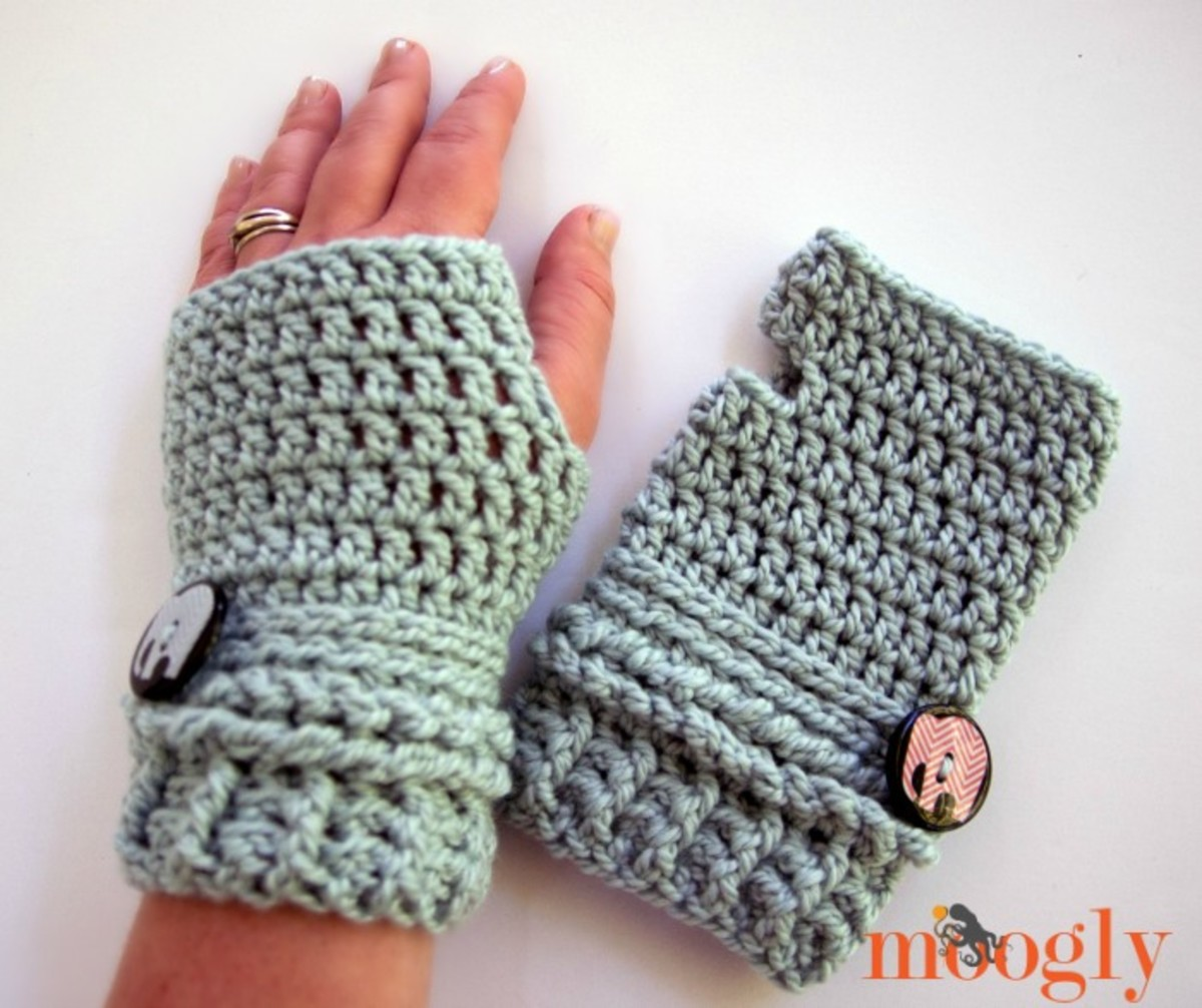 Crochet Ups and Downs Fingerless Mitts