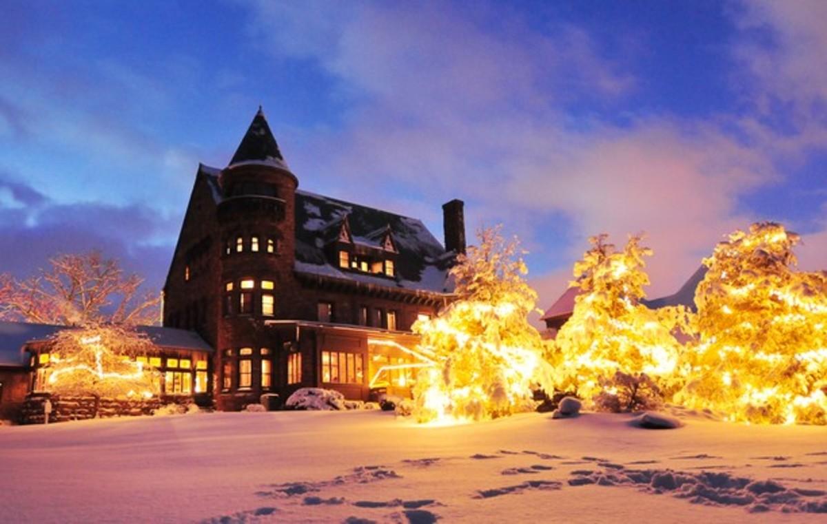 Belhurst Castle in Winter