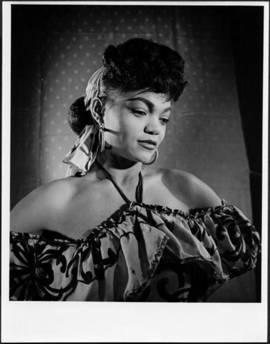 Eartha Kitt gives Katherine Dunham all of the credit for her career and allowing her to find greatness within herself.