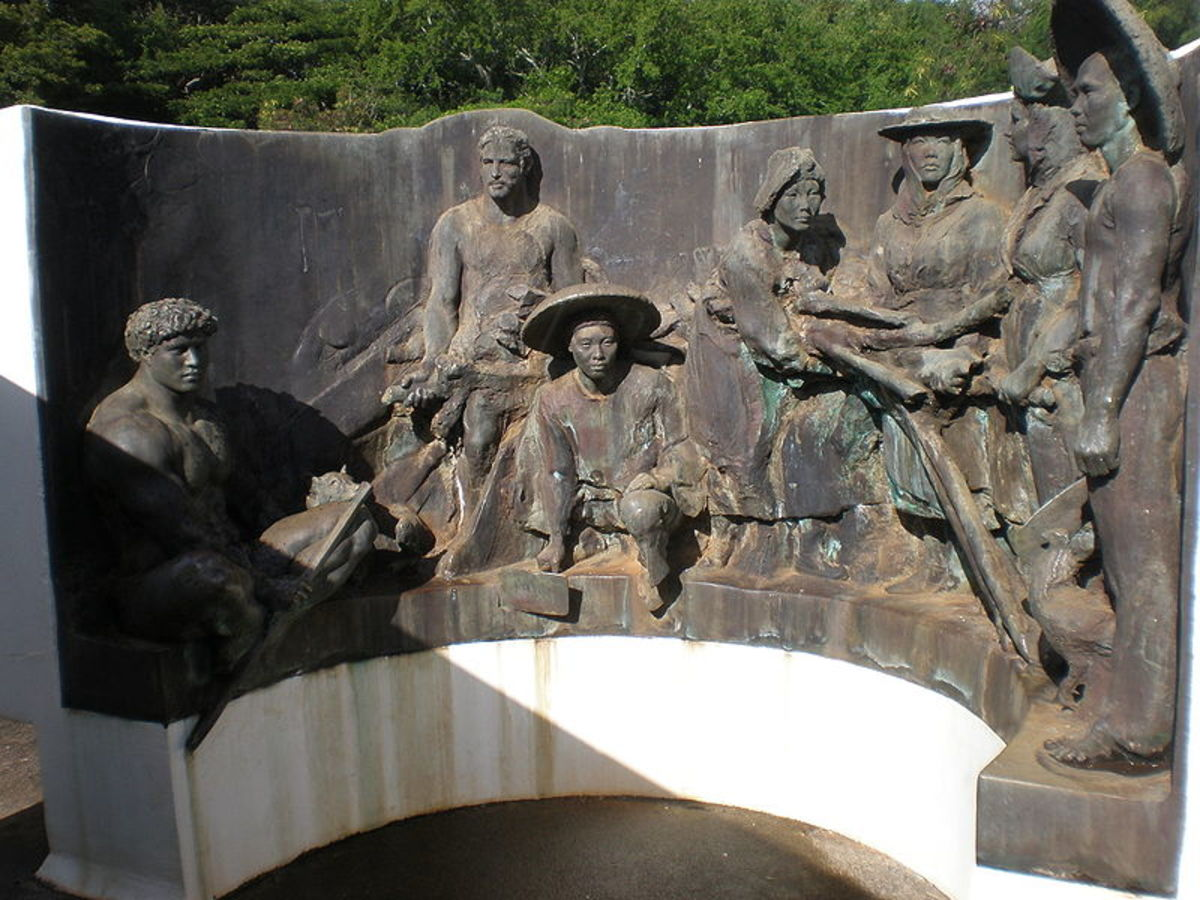 The sculpture honoring the workers of the Koloa Sugar Plantation