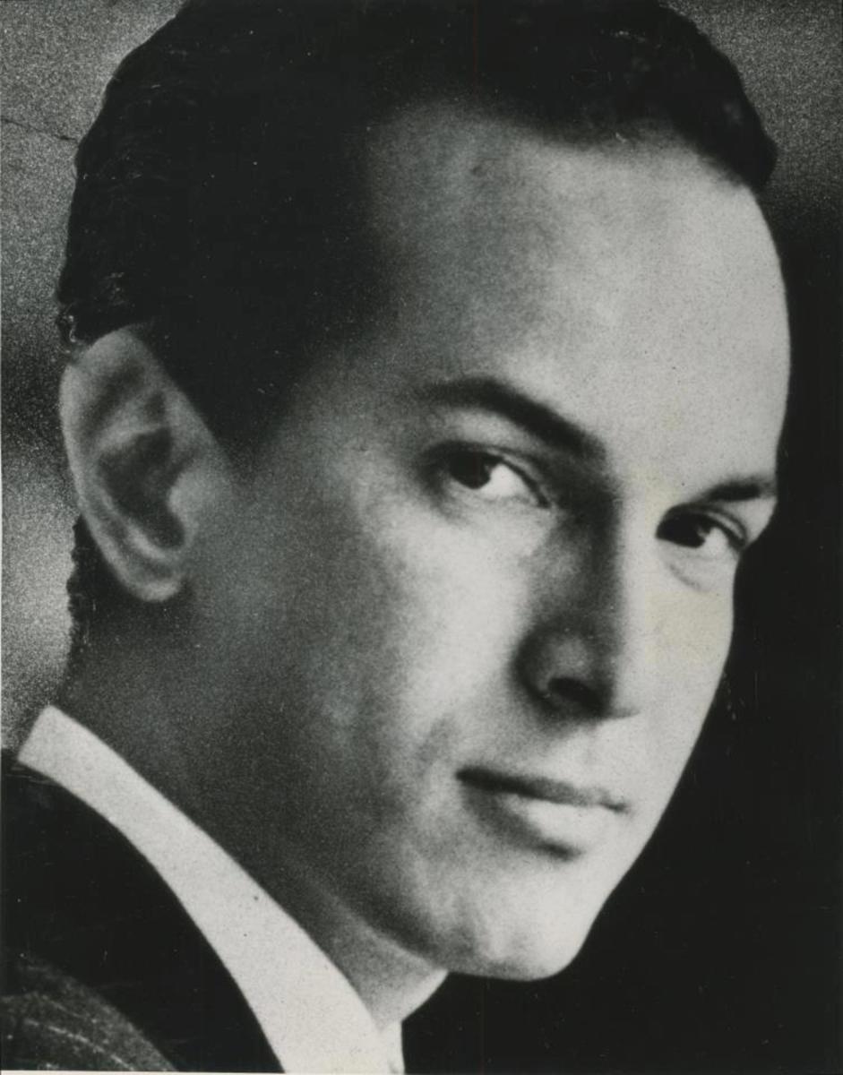 Oscar de la Renta in his youth.