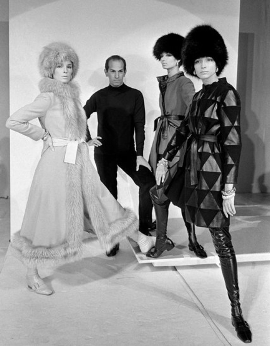 de la Renta at the Metropolitan Museum of Art - Coty American Fashion Critics Awards 1967.