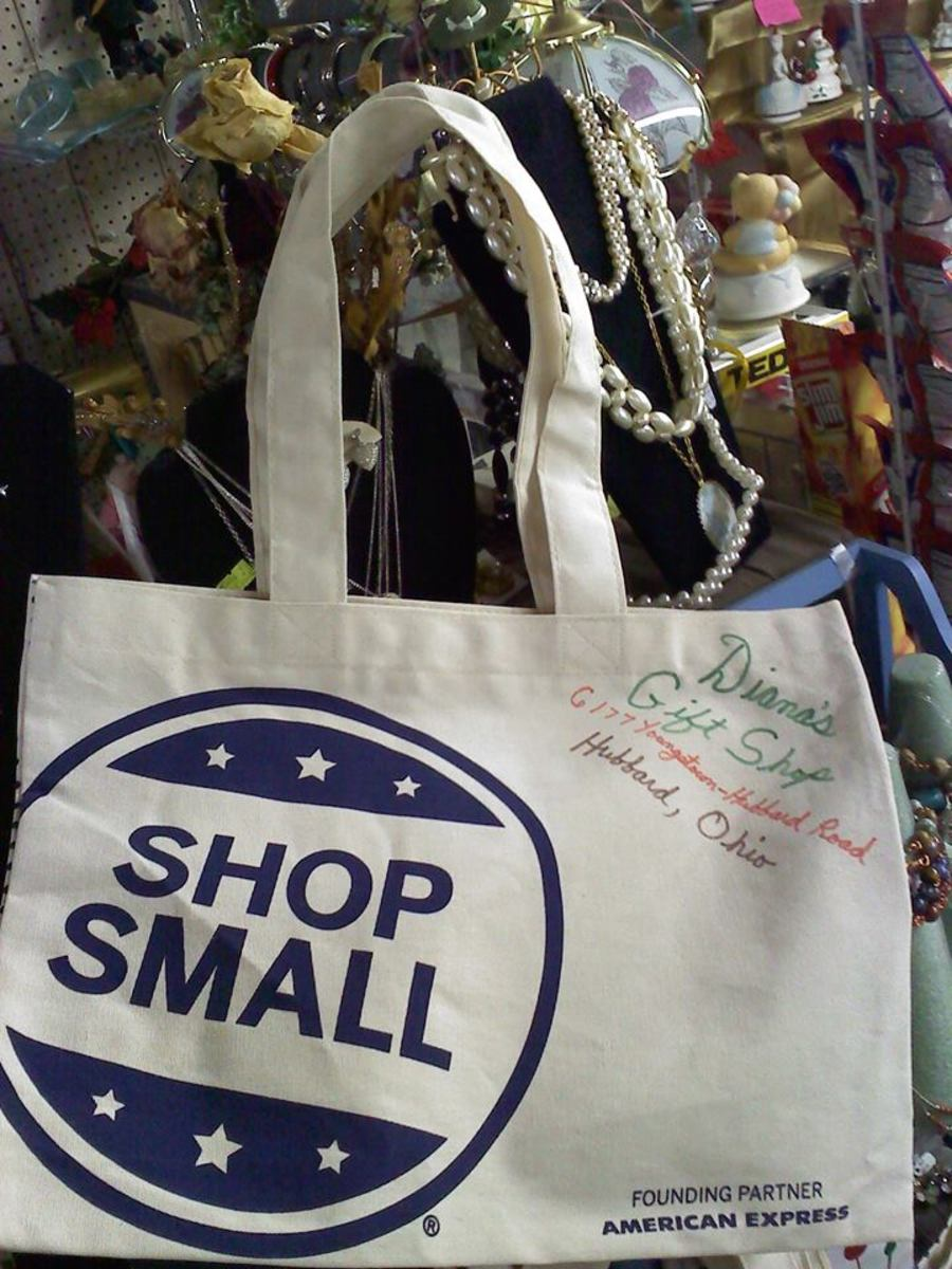 The first 15 customers in the door for this Small Business Saturday today will get a cotton tote bag to reuse here at my shop and everywhere.