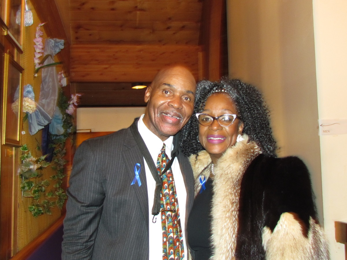 Jerry Blake, played saxophone with The Manhattans when Regina Belle, started out with the group before going solo. Regina and Jerry both did special dedications to Blue during the service.