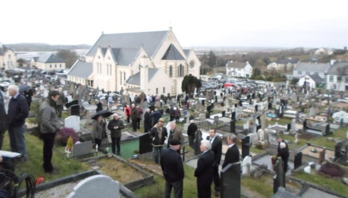 Many people turned up to pay respects to John Ruddy as his remains were reburied in Ireland.