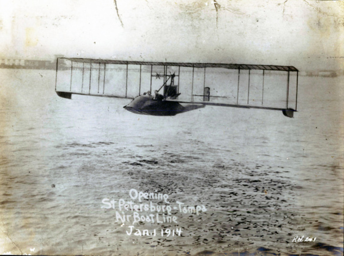 A Benoist airboat piloted by Tony Jannus.