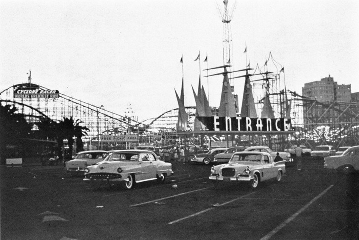 The Long Beach Amusement Park, CA.  This amusement park was the site for the climax scene.