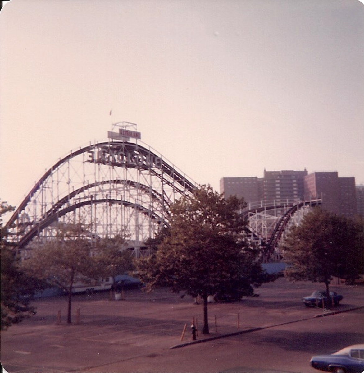 The Cyclone at Coney Island, the setting for the Beast's demise.  The scene was actually shot at the Long Beach Amusement Park in California.
