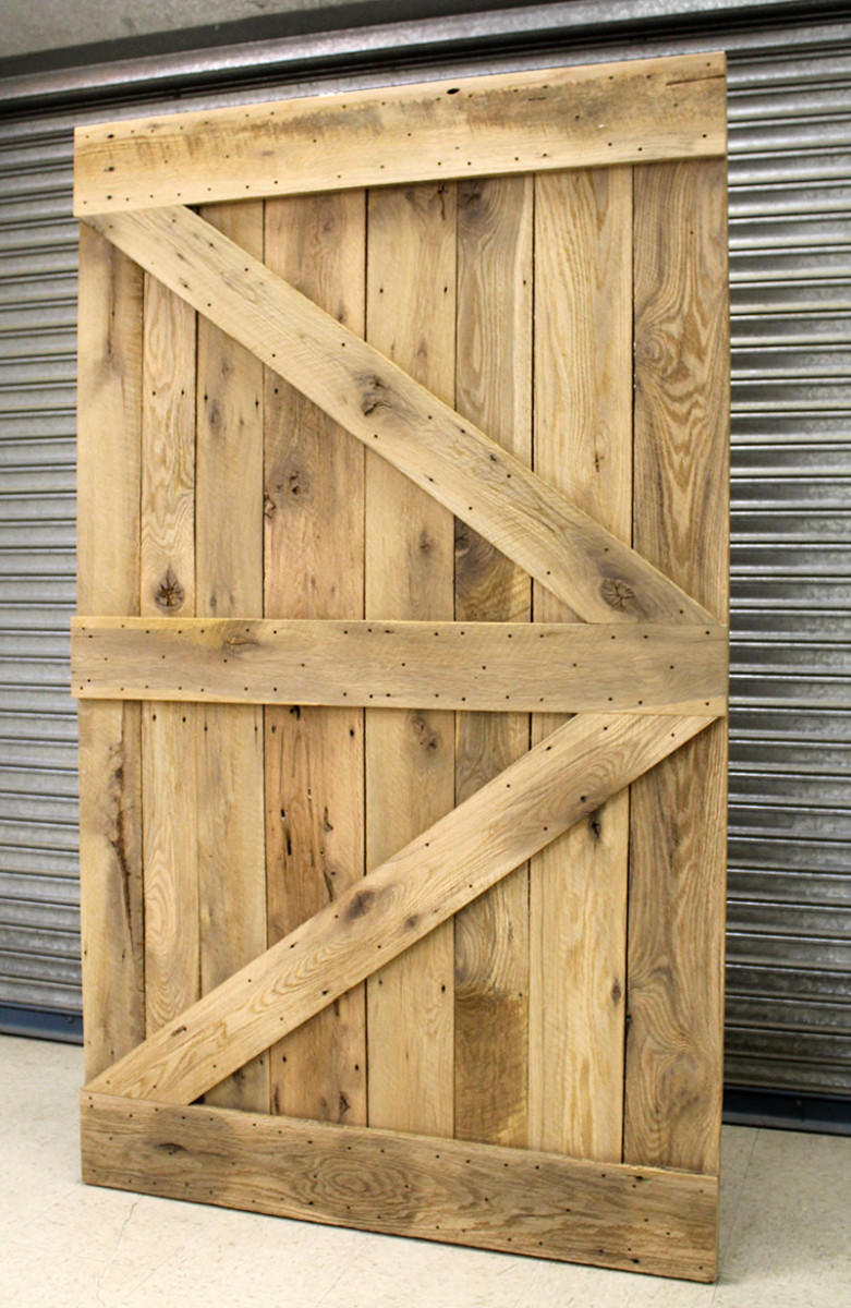 A new barn door with the Z pattern.