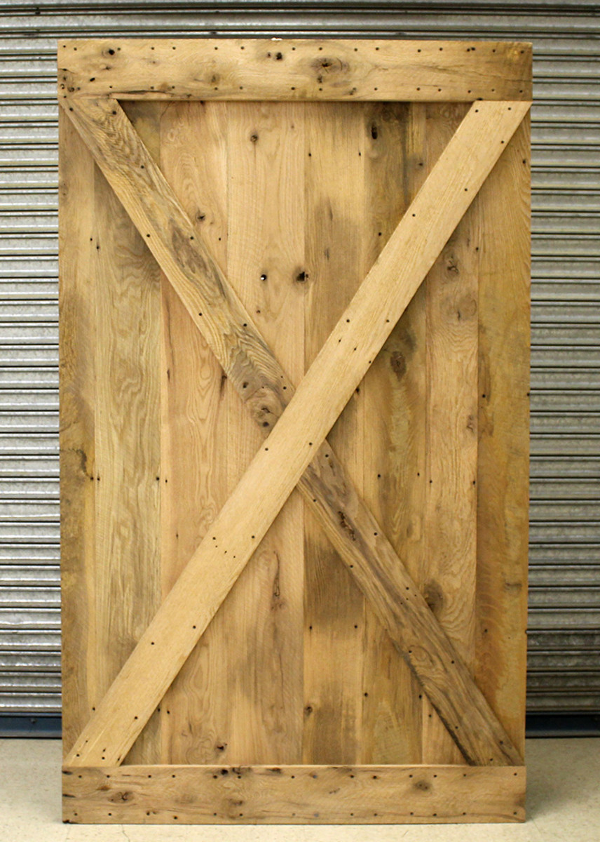 A new barn door with the X pattern.