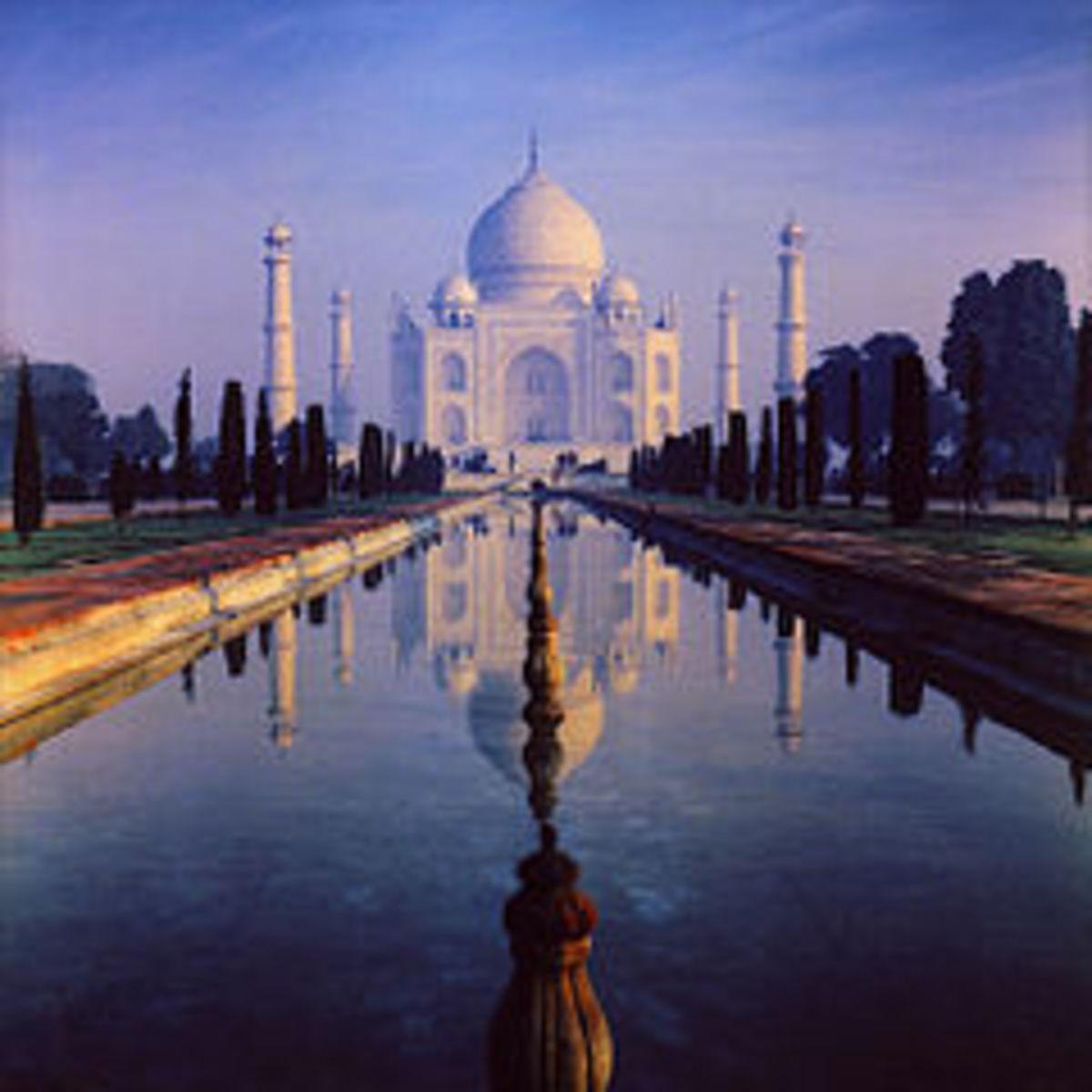 Night View of Taj Mahal