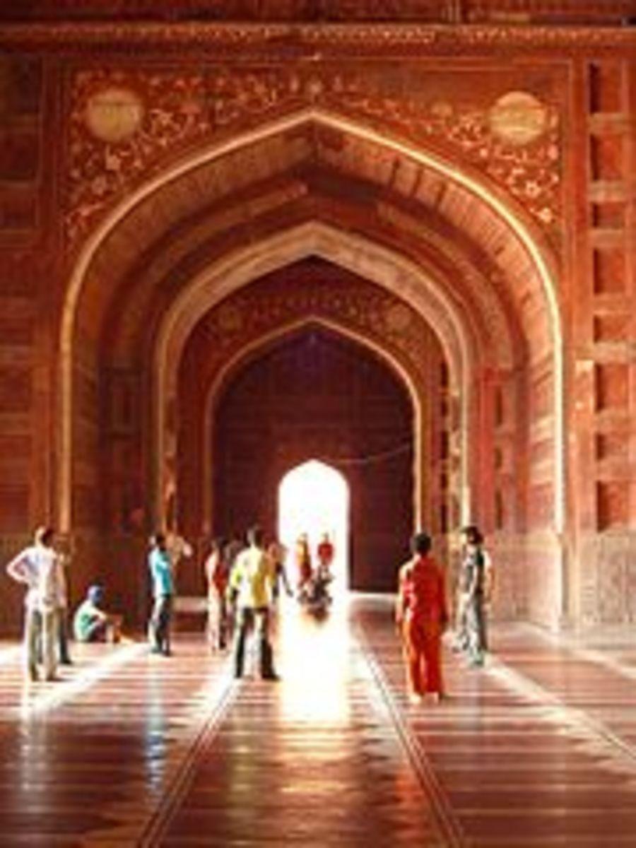 Tah Mahal Mosque