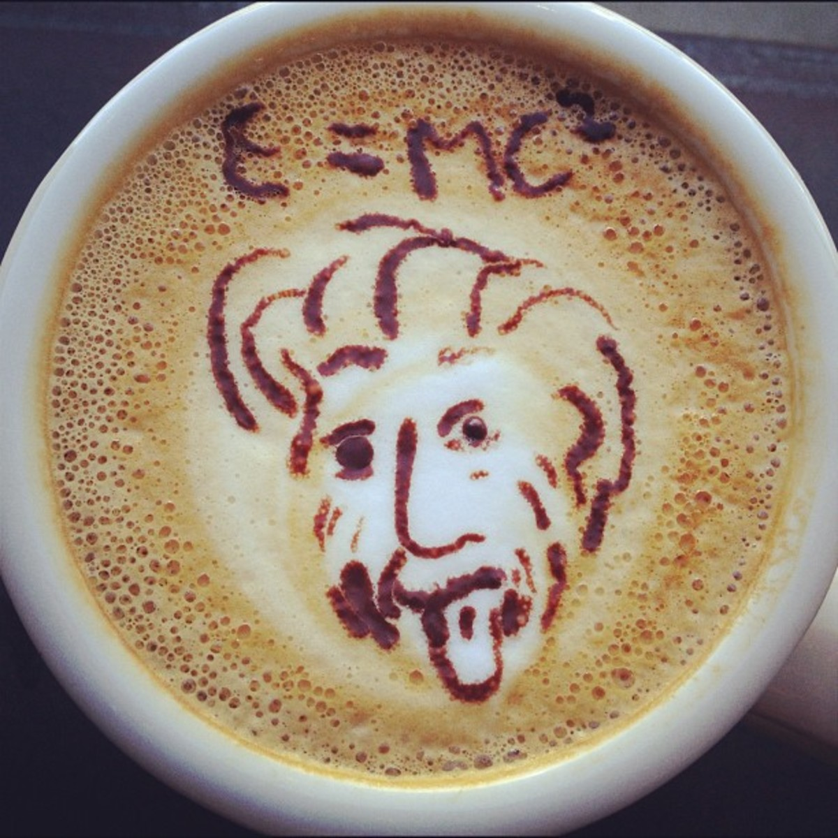 Albert Einstein latte art