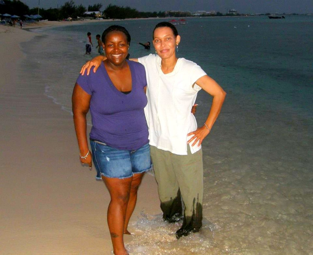 My sister, Anna, and I, at Seven Mile Beach