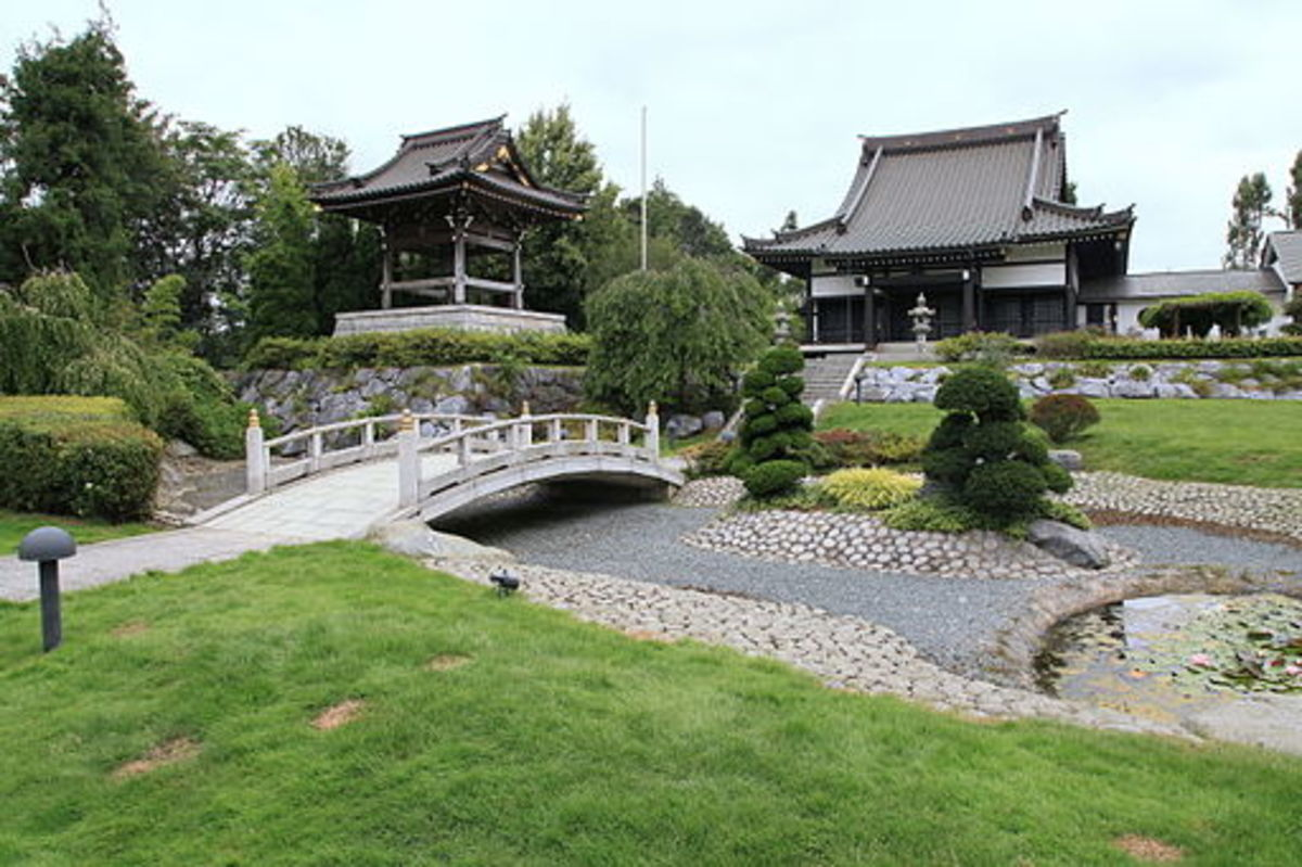Japanese garden and tempel in Duesseldorf