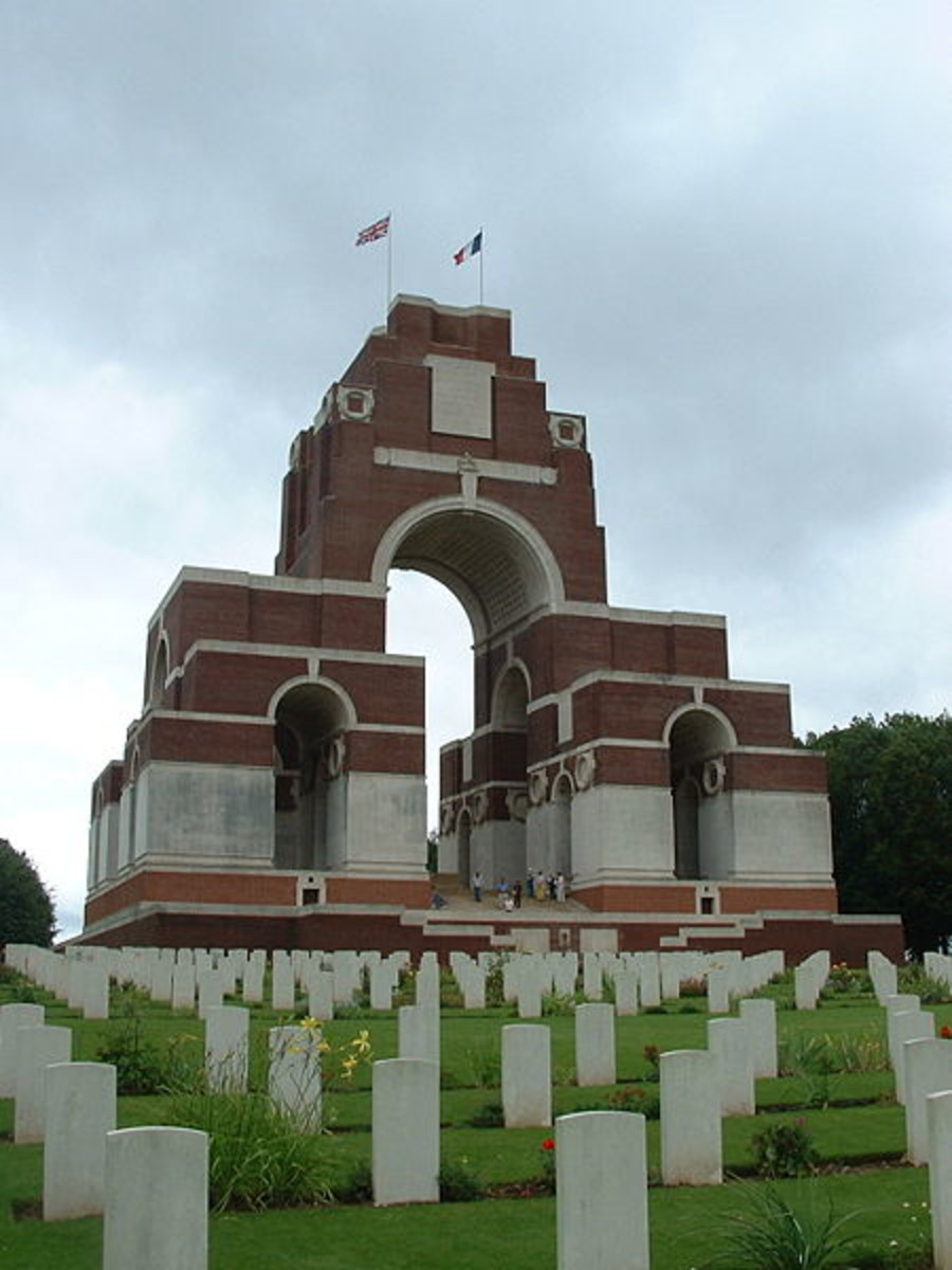 Thiepval, 'unknown' graves