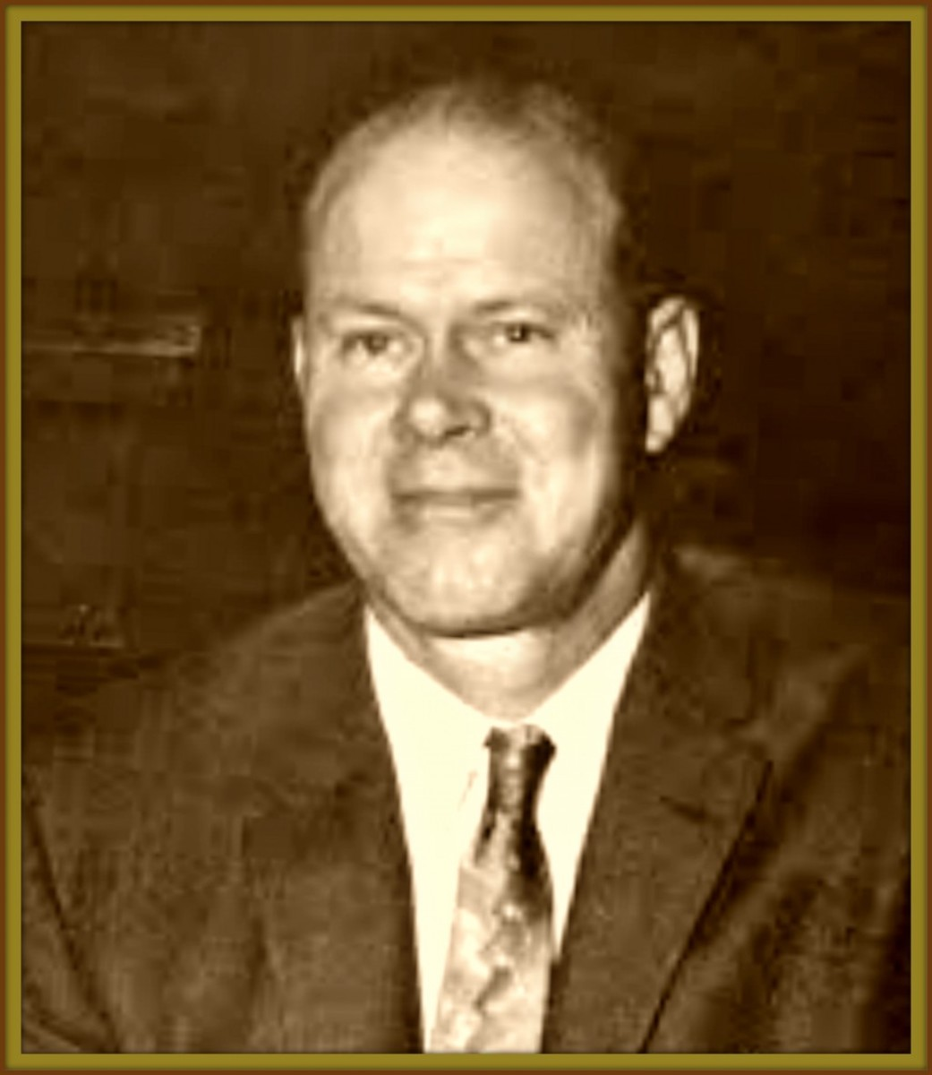 George Van Tassel was born in Jefferson Ohio in the year 1910. He was a space age designer, author of UFOs, inventor amazing machines, a great lecturer, fascination radio and television personality and maverick airport operator.