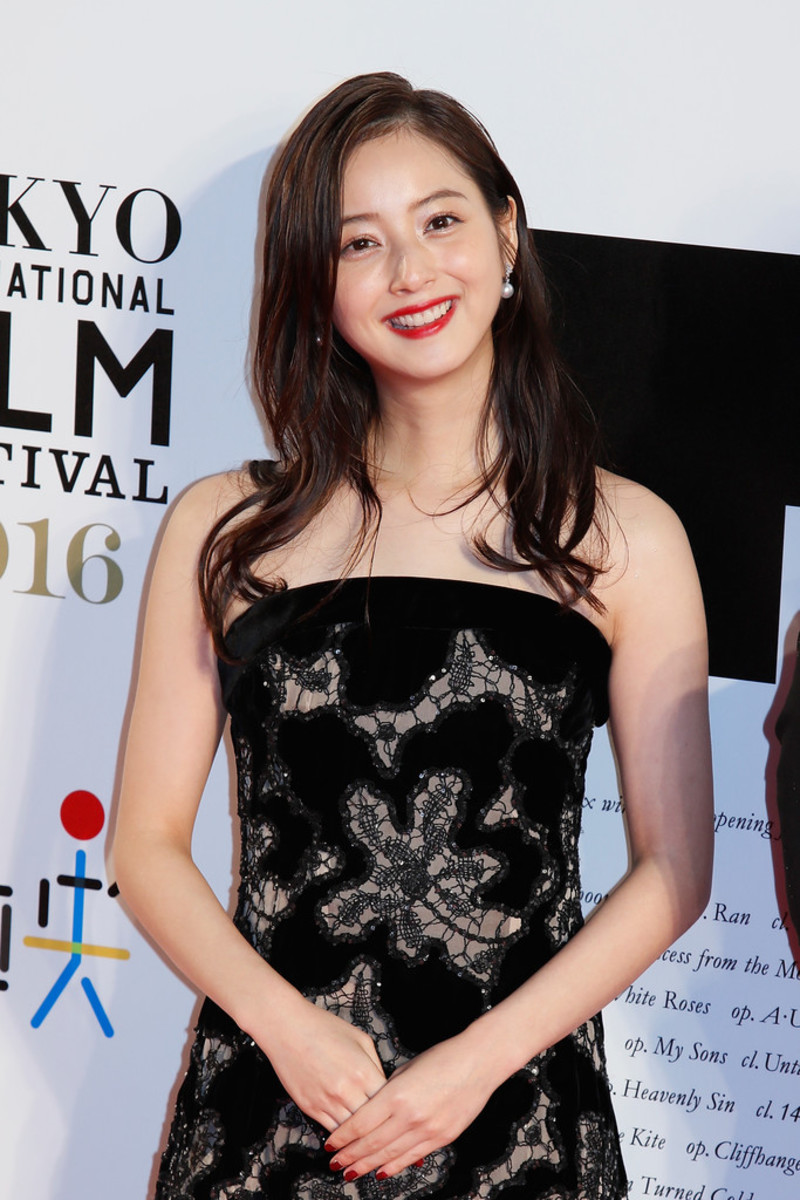 nozomi-sasaki-japanese-fashion-model-who-became-an-actress-and-she-is-very-beautiful