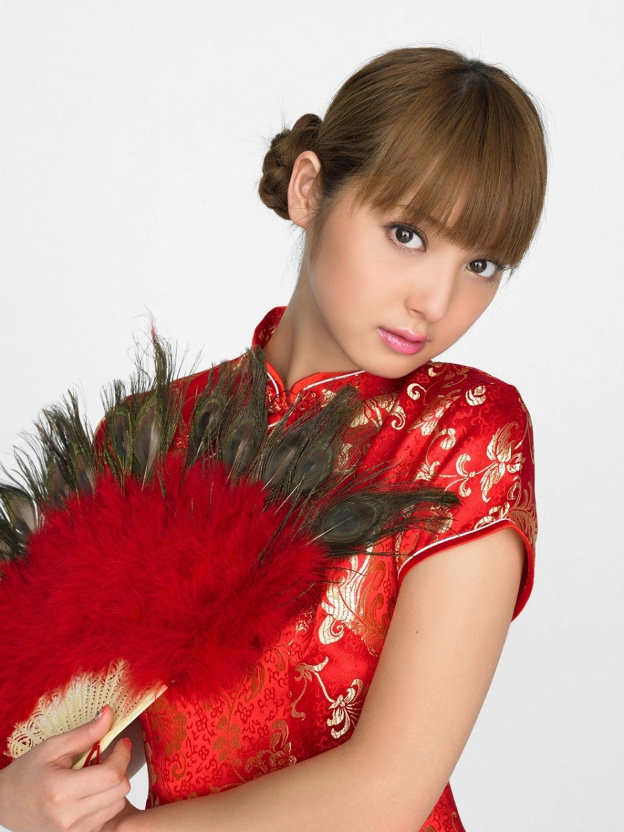 Nozomi Sasaki, Japanese Fashion Model Who Became an Actress and she is very beautiful!