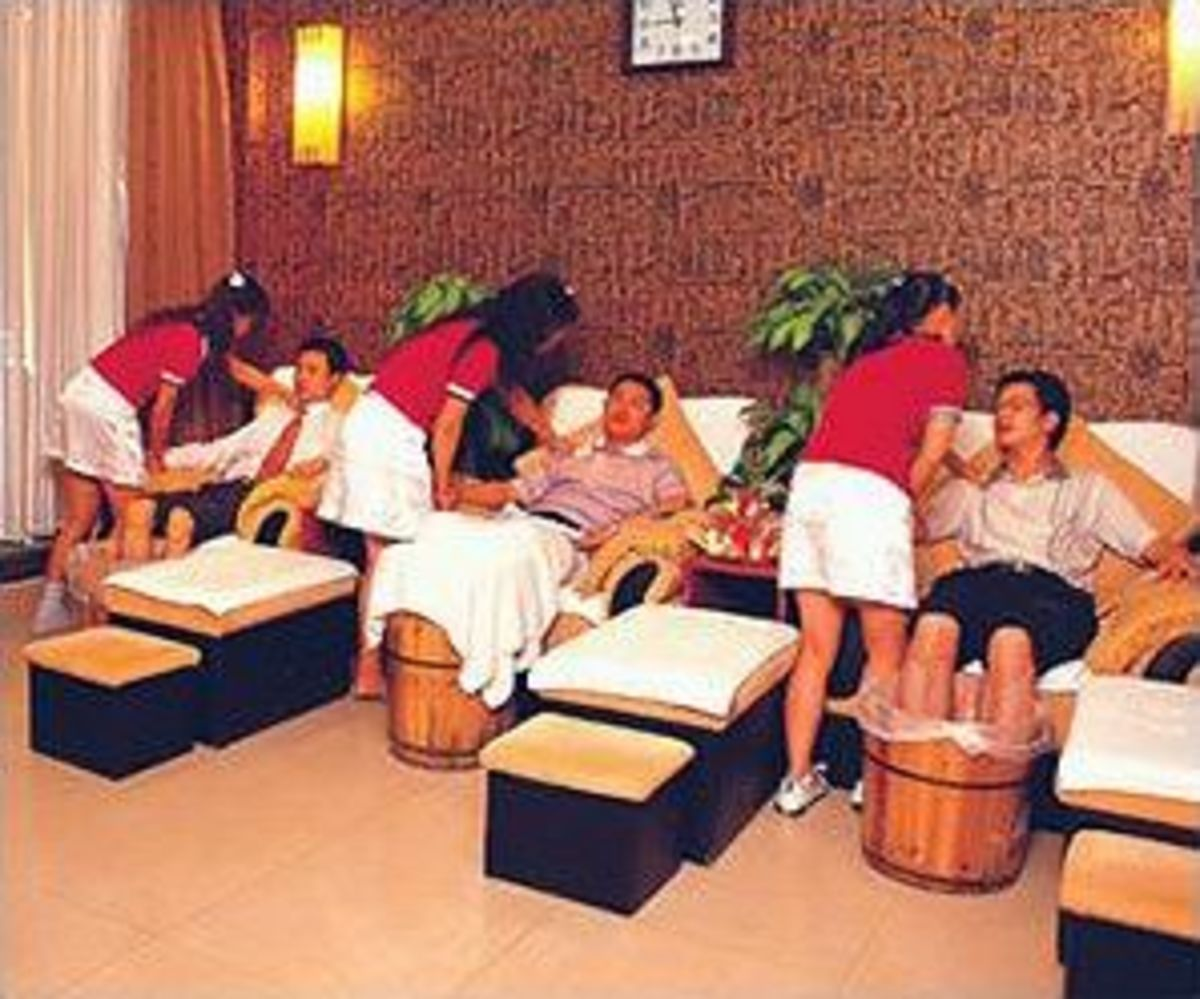 Young ladies with very strong hands give professional massages at the spa