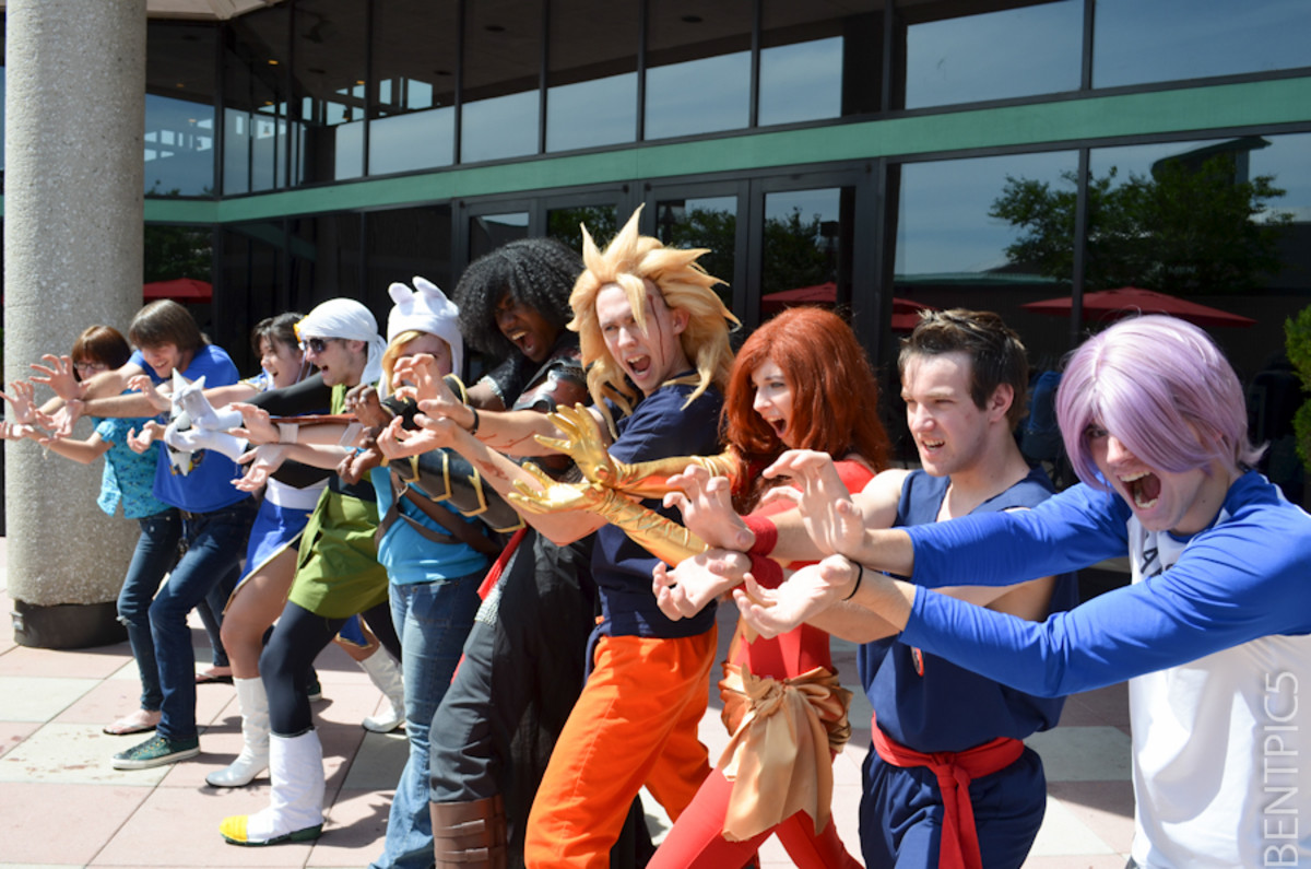 10 Things NOT To Do At Anime Conventions
