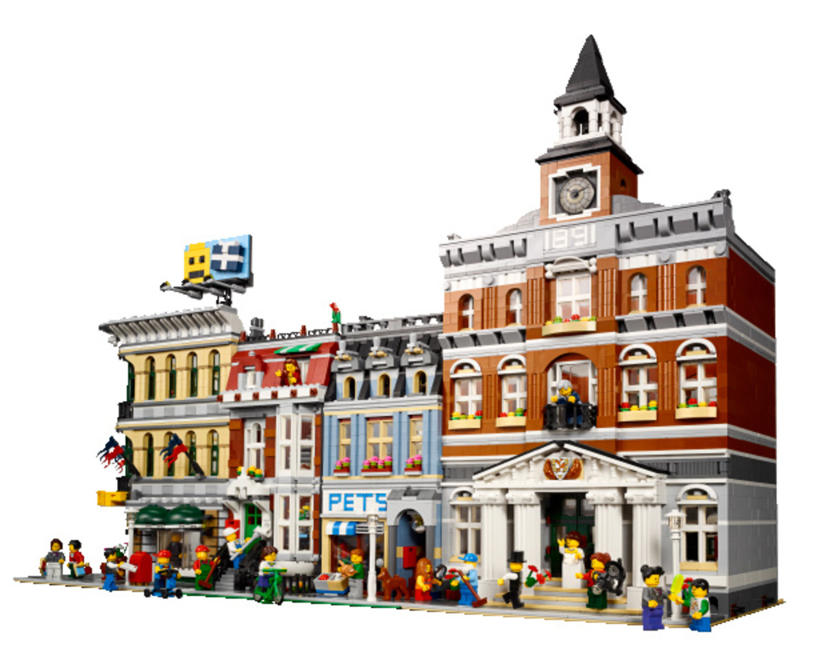 LEGO Creator Town Hall Modular Building | Build an entire town with the LEGO Modular buildings collection!