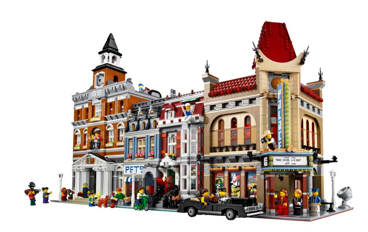 LEGO Creator Palace Cinema Modular Building | Build an entire town with the LEGO Modular buildings collection!