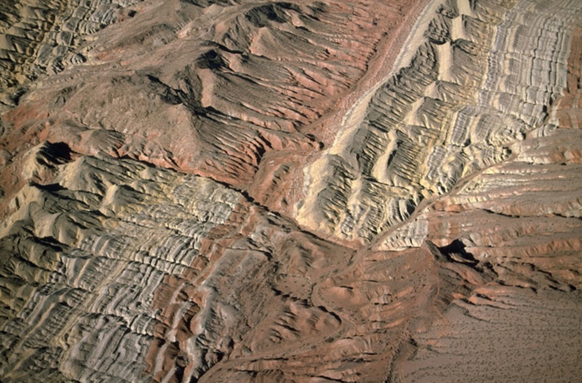 An aerial picture of a strike-slip fault, southern Nevada