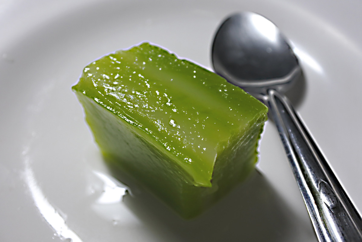 Thai style jelly (UK) or jello (USA) flavoured with coconut milk. The green colouration is derived from pandanus palm leaves