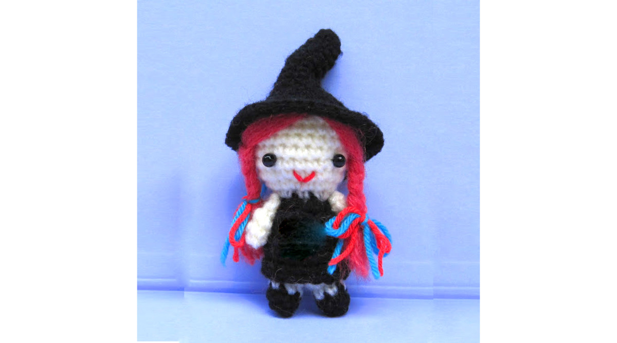 Amigurumi Halloween Free : 24 free halloween witch crochet patterns hubpages