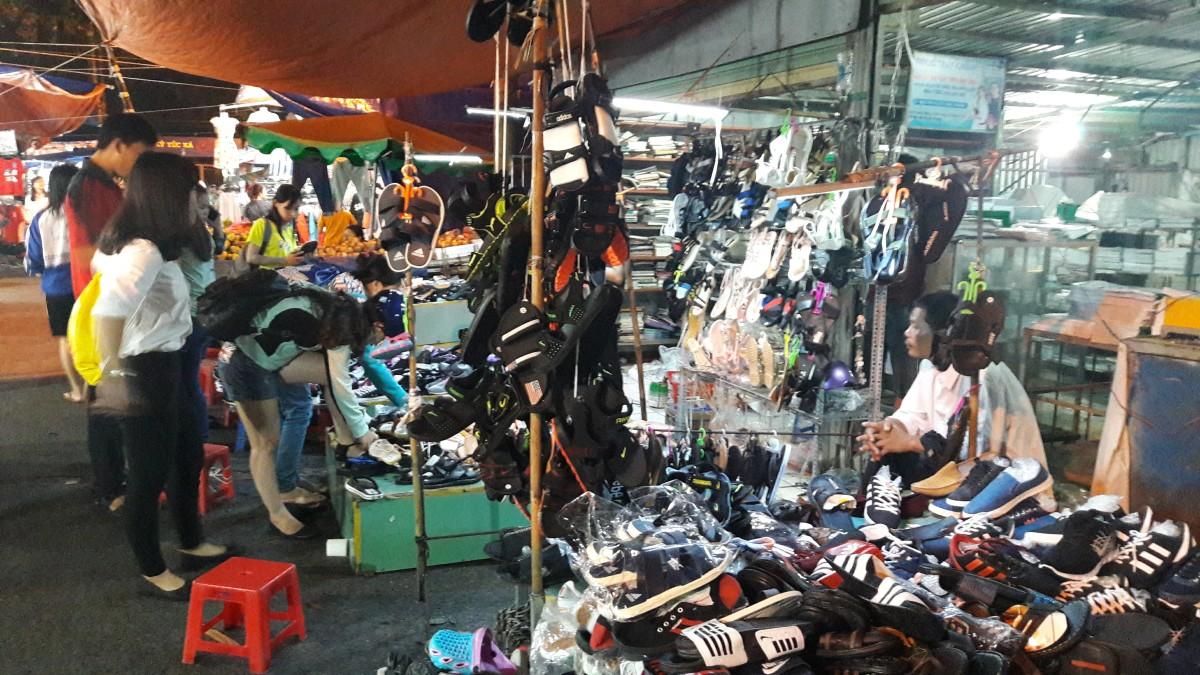 Stuff on sales (at Nong Lam Uni)