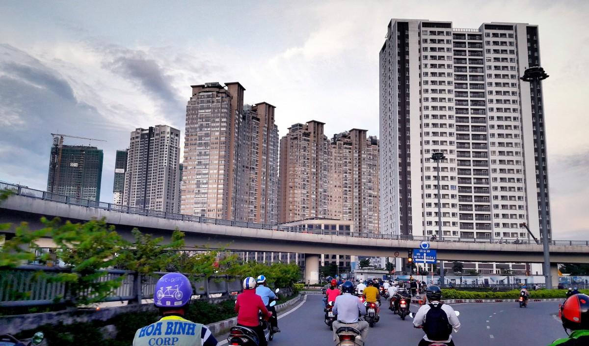 On the way toward Saigon Bridge