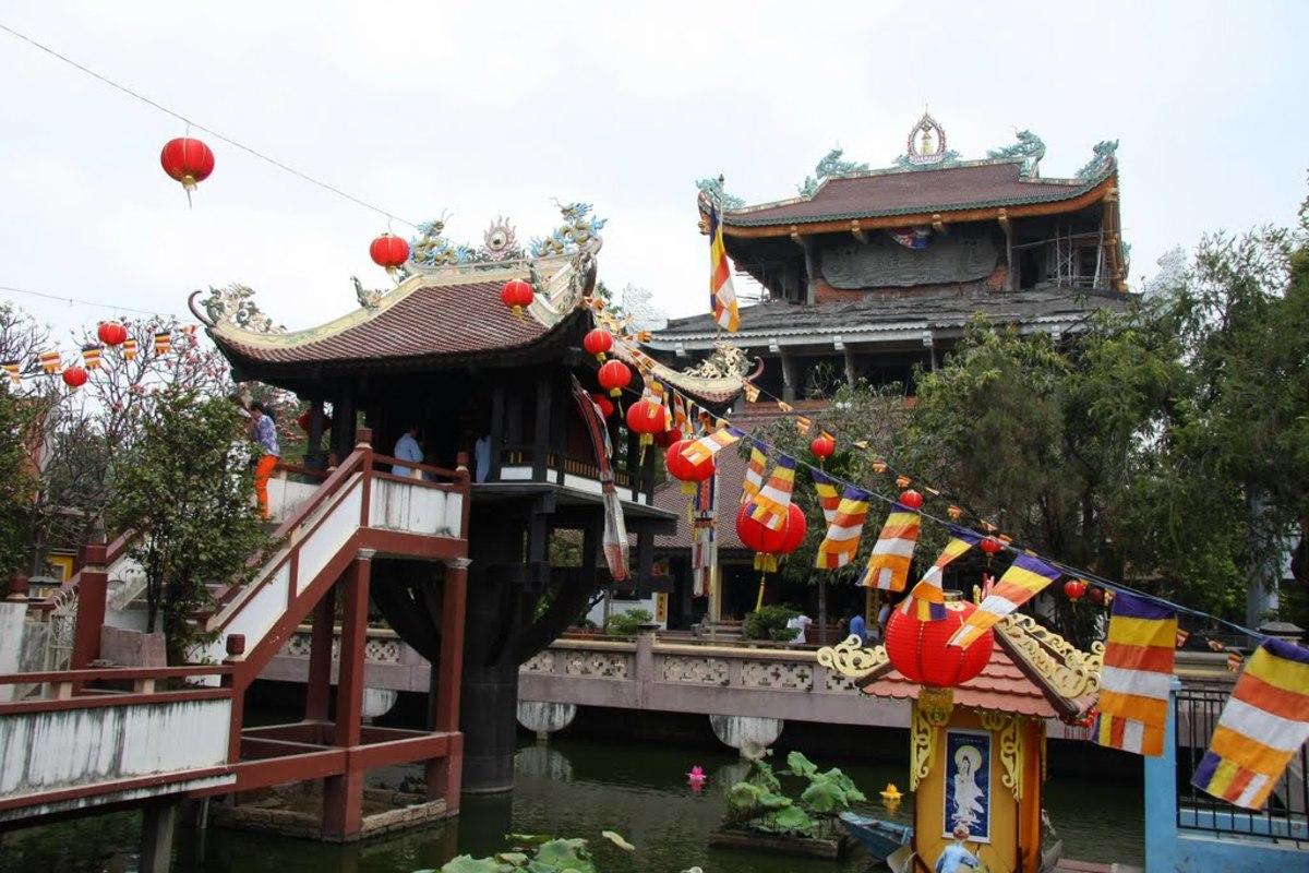 Nam Thien Nhat Tru or One-Pillar Pagoda of South Vietnam