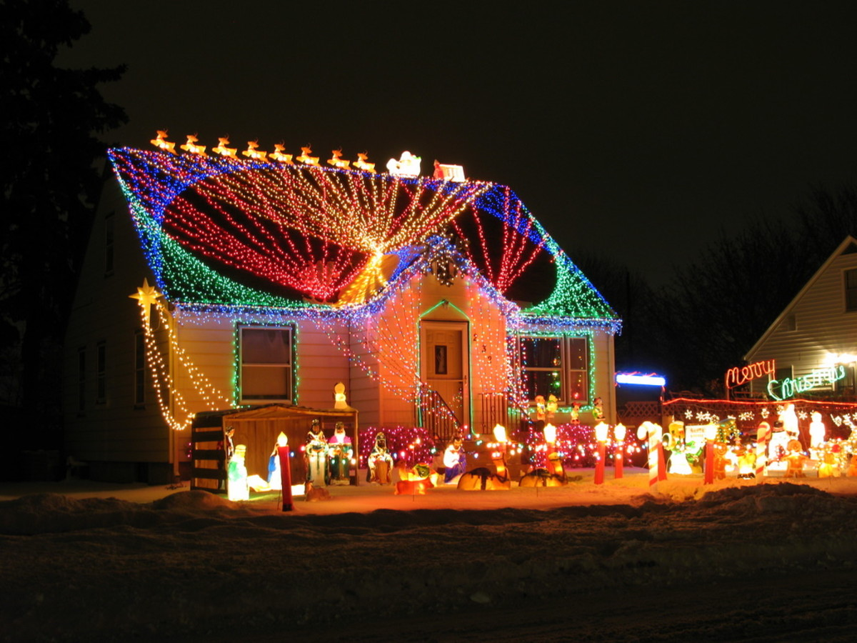 Creative Christmas light display