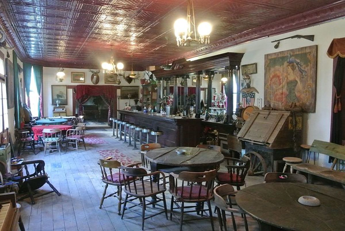 Old West Saloons: Still a Tourist Favorite and Growing