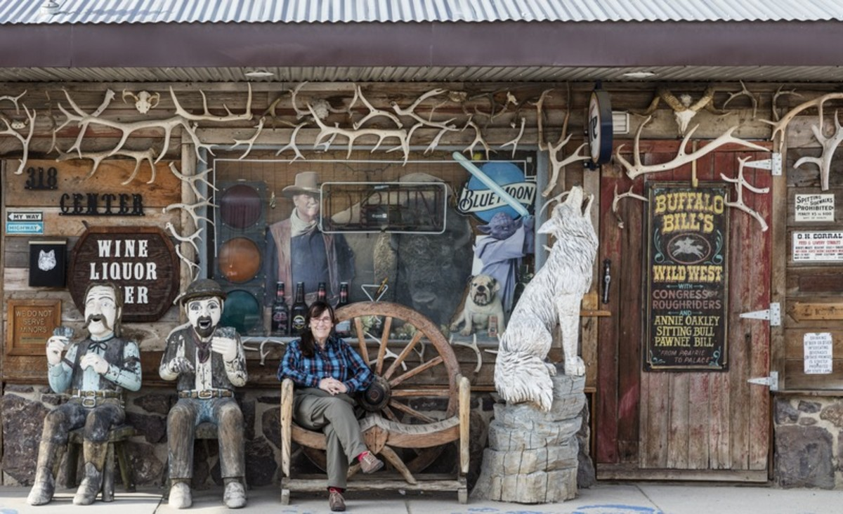 American photographer, Carol M. Highsmith could not resist getting photographed with  Old West friends at the  White Wolf Saloon Douglas  near the annual Wyoming State Fair.