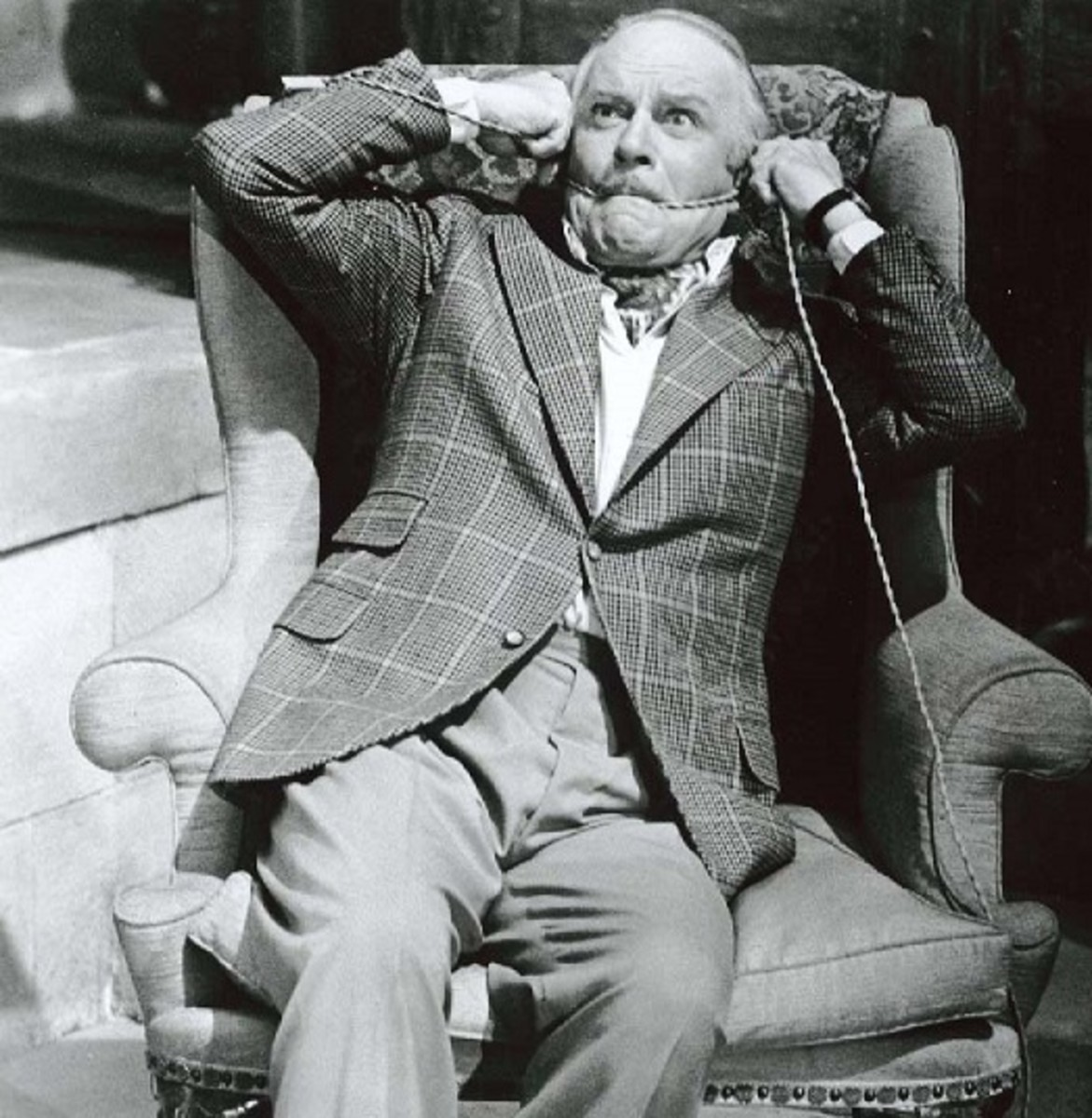 Laurence Olivier in Sleuth 1972.