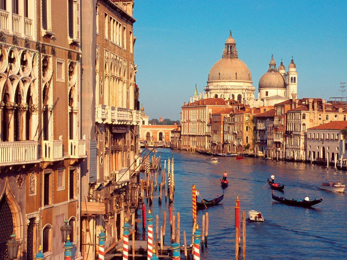 Venice, Italy so beautiful and alive!