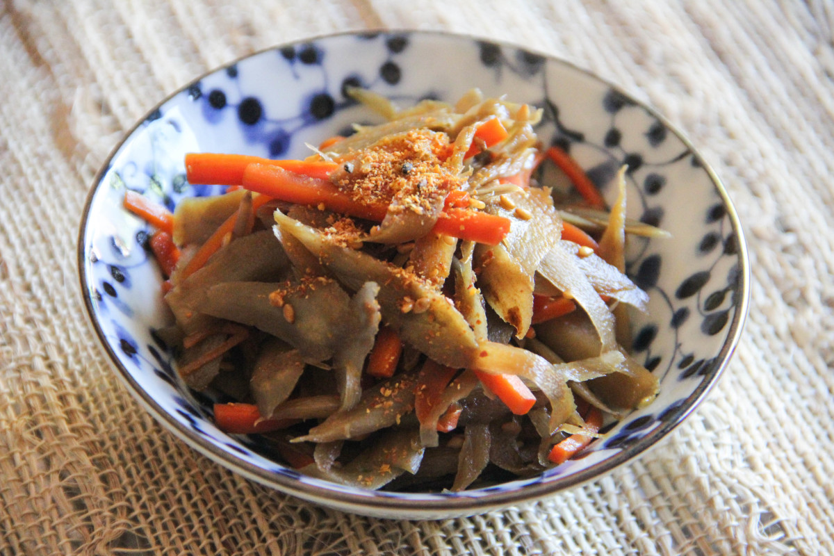 A prepared recipe for kinpira gobo, a popular dish in Japan prepared with the root of a burdock plant and other ingredients.