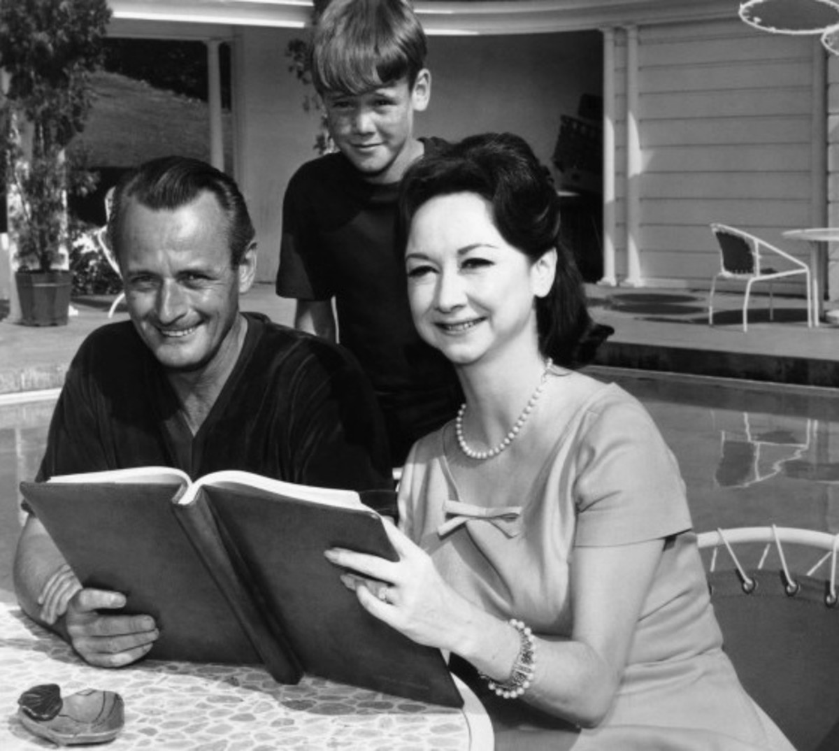 Dorothy Kilgallen with her husband Richard Kollmar and their son Kerry. (1964)