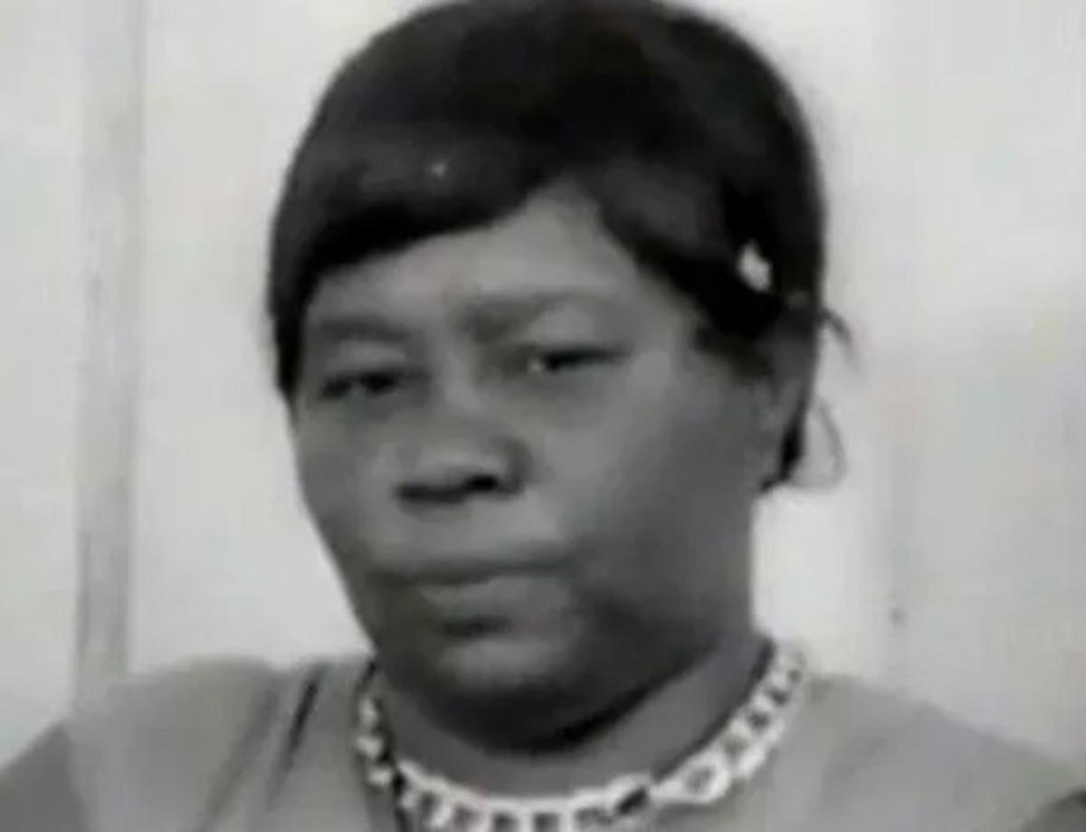 Ms. Acquilla Clemons