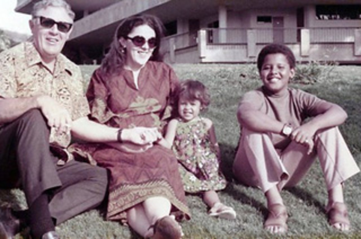 Stanley Armour Dunham, Ann Dunham, Maya Soetoro and Barack Obama, mid-1970s (left to right)