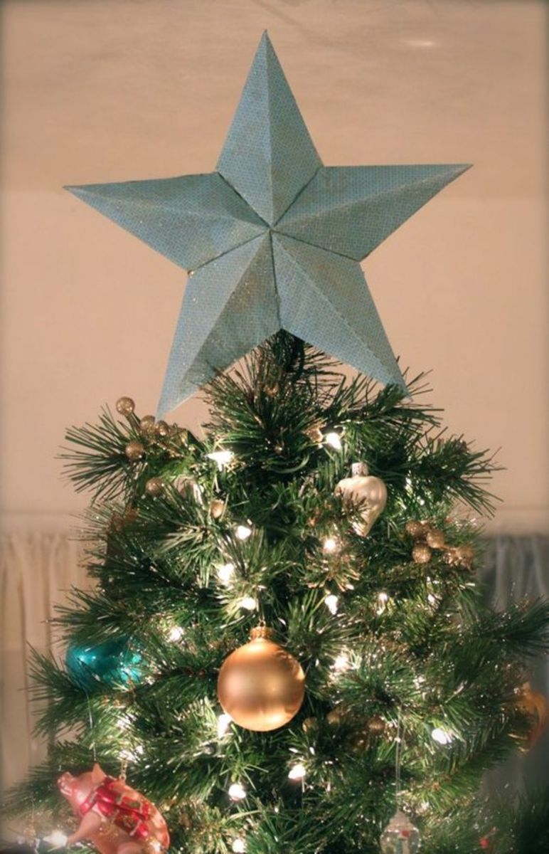 Meaning of the Star on Top of the Christmas Tree